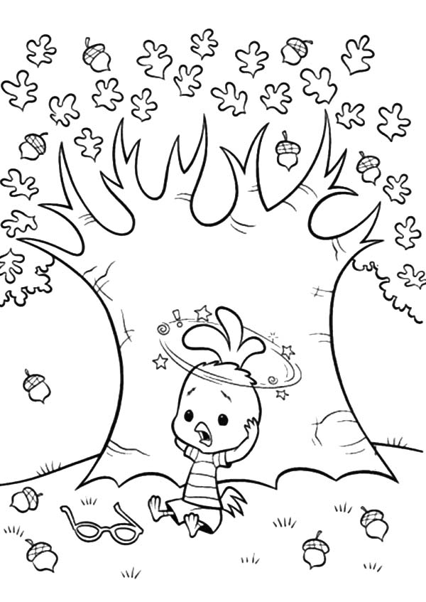 Chicken Little Under the Tree of Acorn Coloring Pages Coloring Sky