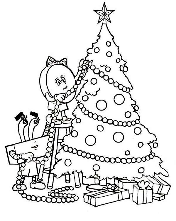 Christmas, : Decorating a Christmas Tree on Christmas Coloring Page